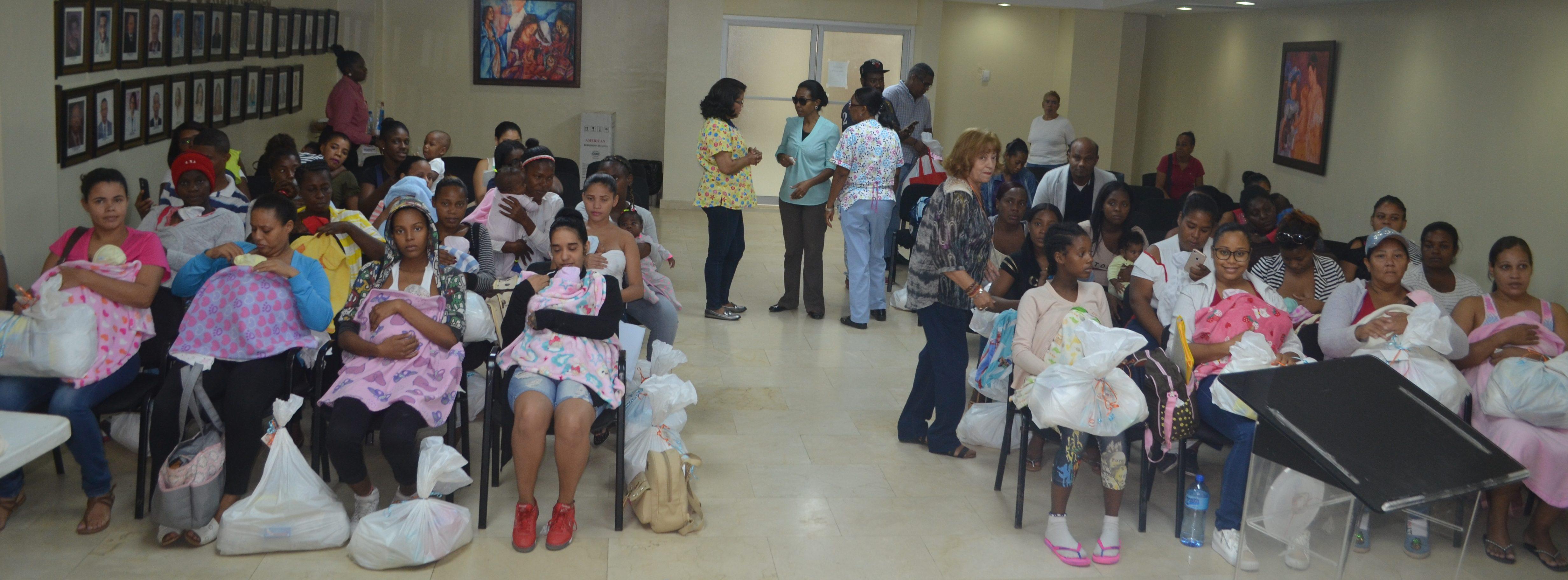 2da jornada Sonrisa de Angel Hospital Materno Infantil San Lorenzo de Los Mina
