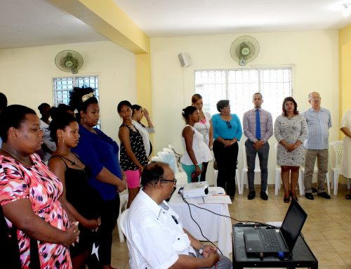 I jornada de salud preventiva, donativos y oración para embarazadas organizada por la Pastoral de la Salud y Fundación Sonrisa de Ángel