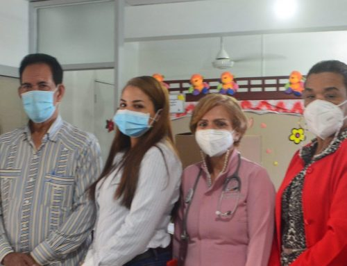 Fundación Sonrisa de Ángel dona a Programa Mamá Canguro del Hospital San Vicente de Paúl en San Francisco de Macorís